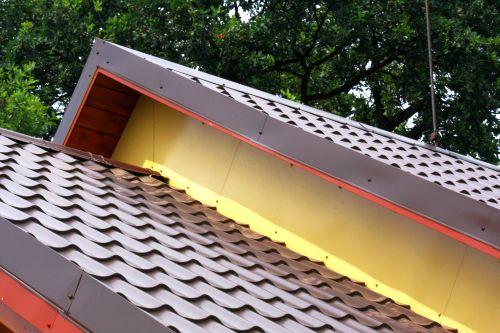 Oplechování střechy cena