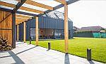 Střecha a fasáda Lindab SRP Click na rodinném domě v Jesenici u Prahy (Lindab ve spolupráci s realizační firmou STŘECHY KUČERA), zdroj: Lindab a.s.
