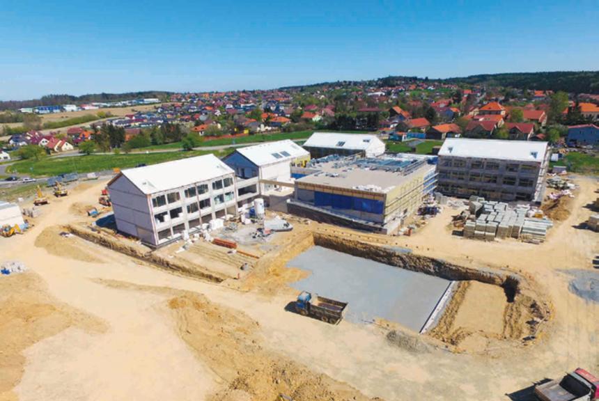 Pasivní škola v Psárech, která byla financována z Operačního programu Životní prostředí