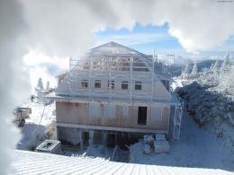 Referenční stavba chaty na Lysé Hoře, foto zdroj Puren