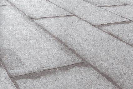 """Pokládka kompletizovaných dílců """"na vazbu"""", zdroj: Grada"""