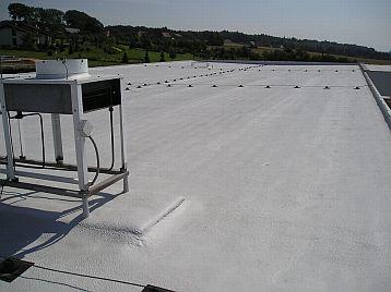 polyuretan PUR a PIR na ploché střeše, ilustrační foto