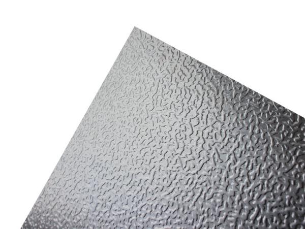 Hliníkové plechy a svitky embosované (stucco)