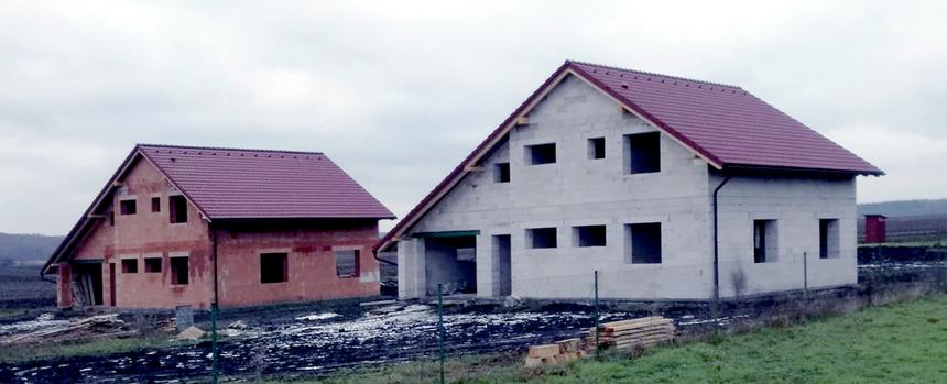 Střechy zdobí střešní příslušenství od KM BETY