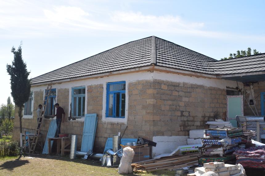 Ázerbájdžánská škola