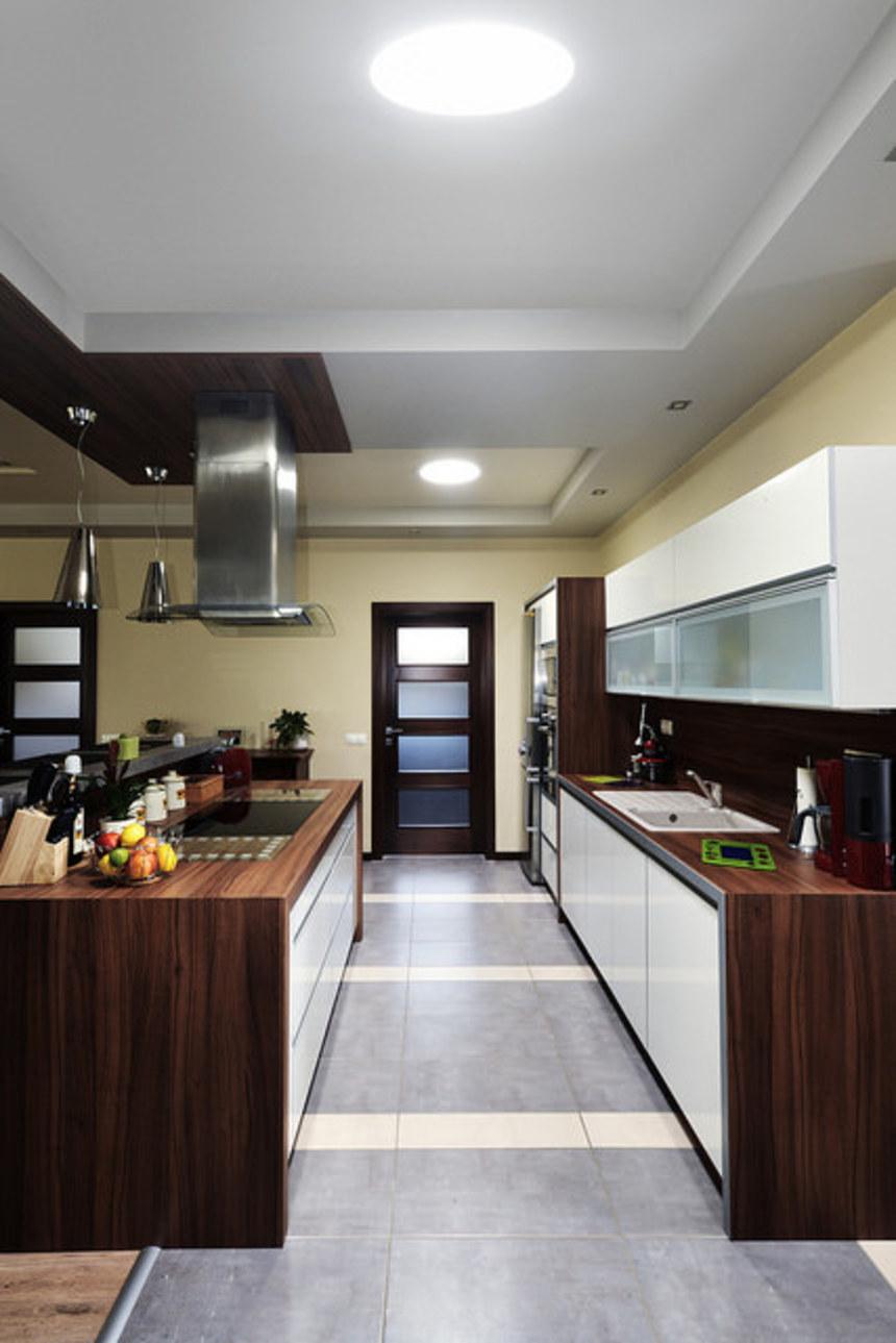 Osvícená kuchyň