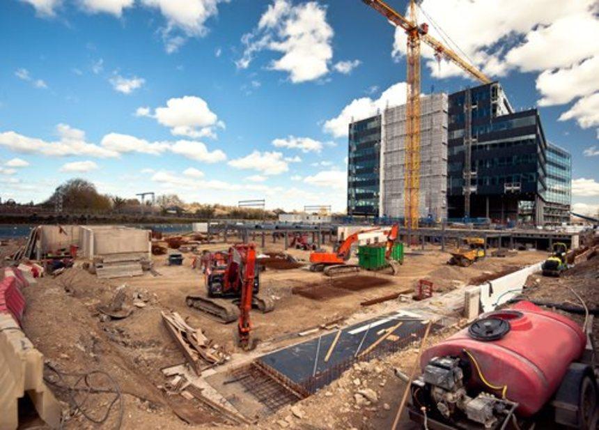 Výstavba nových budov