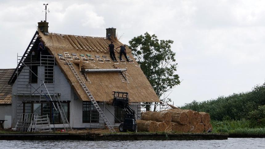 Dům se sláměné střechy