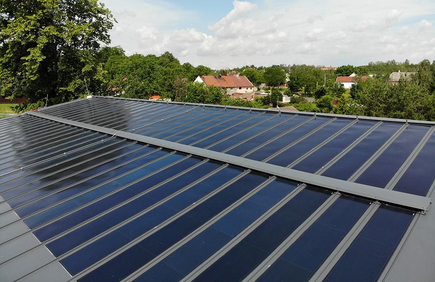 Novostavba díky panelům splňuje požadavky na úsporu nákladů