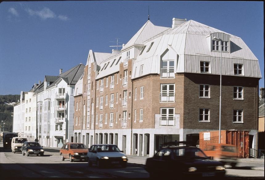 Bílé střechy se výborně hodí do měst