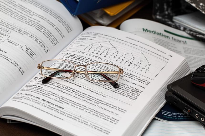 Zákon musí před vydáním projít dalším čtením