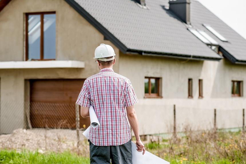 Stavebník by se měl do jednoho roku dozvědět, jestli může stavět