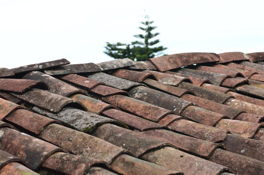 Použitím nekvalitních materiálů se výrazně zhorší životnost střechy