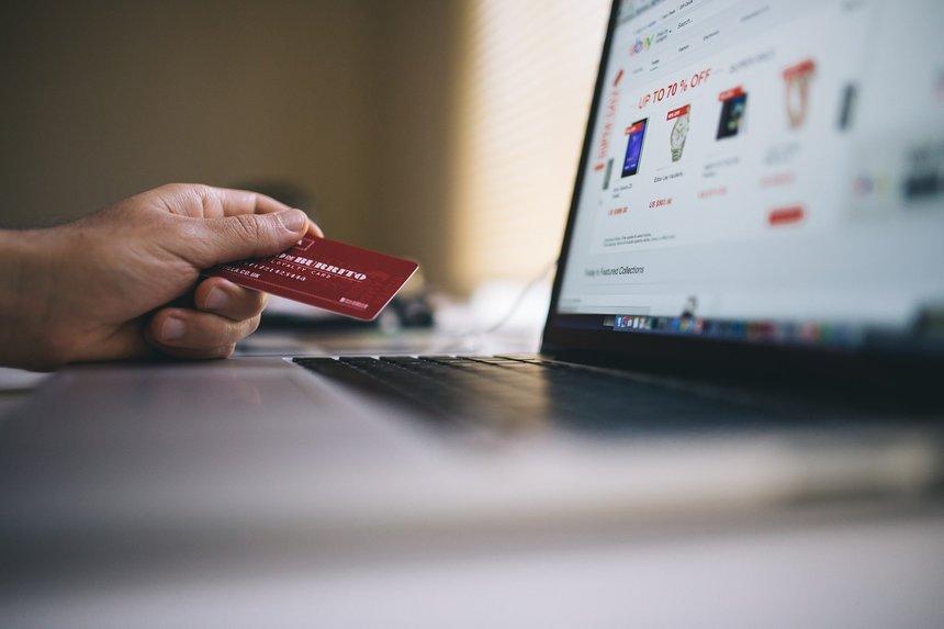 Na jaře jsme zaznamenali obrovský nárůst nakupování přes internet