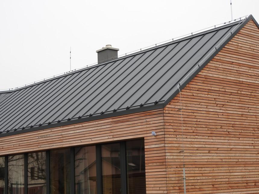Detail hliníkové falcované střechy