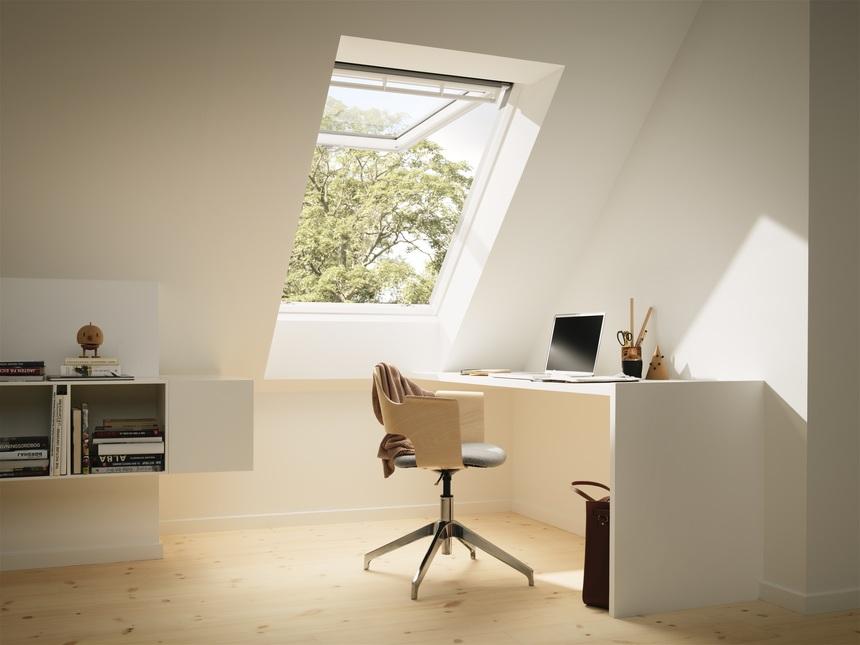 Vyměňte své staré střešní okno za nové, dálkově řízené
