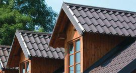 Čas podzimních plískanic se blíží. Myslete na střechu vašeho domu včas!