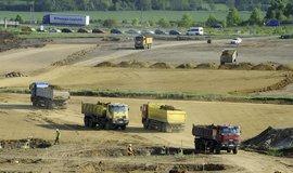 OHL ŽS patří k pěti největším stavebním firmám, trápí ji ztráty