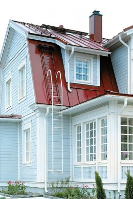 Ruukki, Sněhové zábrany, žebříky a střešní lávky jsou součástí každé skandinávské střechy