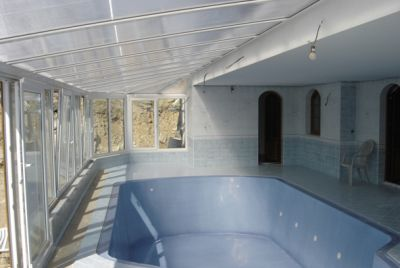 Kombinace zakrytí interiérem a zimní zahradou