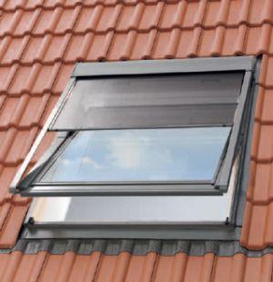 Ochrana podkroví proti teplu vnější okenní markýzou