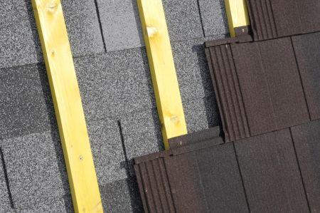 Montáž MetroMiniŠindelu bez vodorovného laťování na  asfaltový šindel