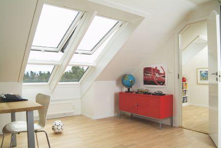 b l bez dr bov st e n okna velux unik tn spojen d eva a polyuretanu krytiny st. Black Bedroom Furniture Sets. Home Design Ideas