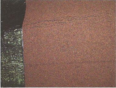 Příčné praskání asfaltových pásů, zdroj: Grada