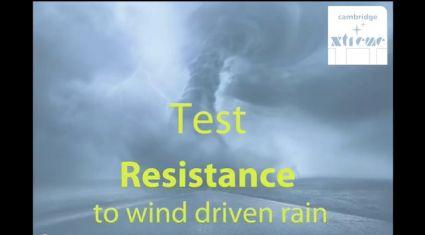 Video test IKO Cambridge Xtreme - odolnost proti extrémnímu počasí, větru i dešti, zdroj videa IKO