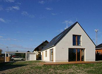 novostavba RD v Vrané nad Vltavou, pasivní dům roku, foto Jan Medek a Jakub Tomec, zdroj: NZÚ