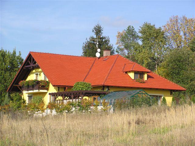 Ilustrační foto, sedlová střecha, zdroj: Krytiny-strechy.cz