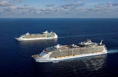 Typické námořní výletní lodě společnosti Royal Caribbean Cruise Line, jejíž flotila bude brzy rozšířena o největší loď světa, Oasis, foto zdroj © Royal Caribbean Cruise Line