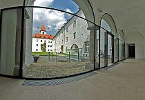 Vytápění na zemědělské fakultě ve slovinské Lublani  (reference IMP Klima), foto zdroj: Lindab