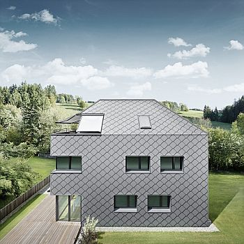 Falcovaná šablona na střechu i fasádu, zdroj Prefa Aluminiumprodukte a.s.