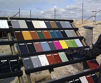 Opláštění budovy z oceli GreenCoat - barevné provedení, zdroj: SSAB