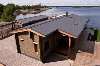 Rekreační dům ve Finsku s nejžádanější krytinou Ruukki Classic na způsob falce, foto zdroj Ruukki