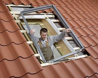 Tepelně izolační rám střešního okna Velux, zdroj: Velux