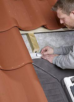 Hydroizolační límec střešního okna Velux, zdroj: Velux