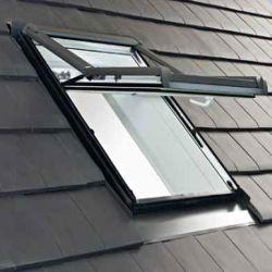 ROTO - Výsuvně - dřevěné střešní okno Designo WDF R75 H N WD AL - zasklení 9