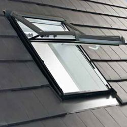 ROTO - Výsuvně - kyvné střešní okno Designo WDF R78A H N AL - zasklení 9