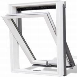 Kyvné plastové střešní okno Satjam Aura APX